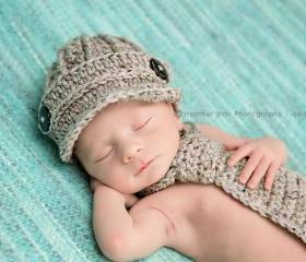 Newborn boy hat and necktie set newsboy hat and crochet necktie photography prop
